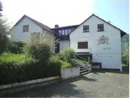ALL Inclusiv, Haushälfte 5 Zi. + 2 Bäder mit großer Terrasse & Garten