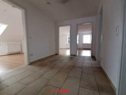 Gepflegte 3,5-Zimmer-Dachgeschosswohnung in Kötz