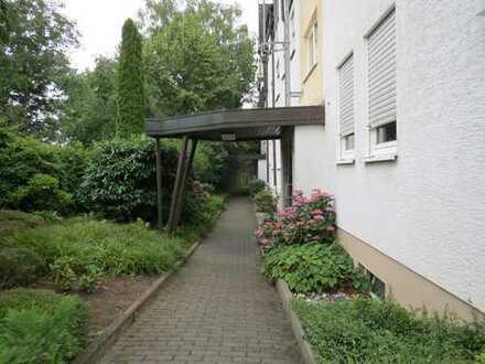 Schöne, geräumige ein Zimmer Wohnung in Offenbach am Main, Bieber