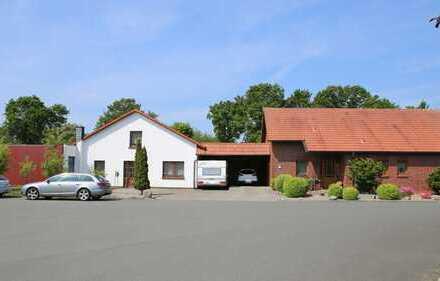 Werkhalle mit angrenzendem Betriebsleiterwohnhaus in zentraler Lage im Gewerbegebiet in Wiefelstede