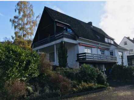 Schönes, geräumiges Haus mit 11 - Zimmern in Siegen-Wittgenstein (Kreis), Burbach