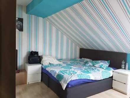Schöne, gepflegte 2-Zimmer-DG-Wohnung in Bendorf Sayn