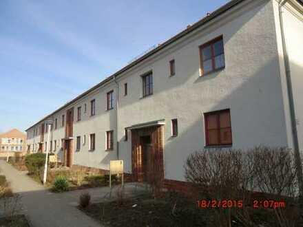 kleine Familie- schöne 3-Raum - Wohnung mit Balkon