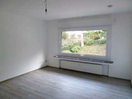 Herdecke: Modernisierte helle 3 Zimmer-Wohnung, 72 qm m. Balkon in grüner Lage!
