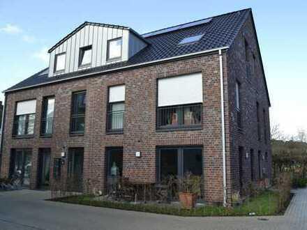 Traumhafte Maisonettewohnung in modernem KfW 70 Haus