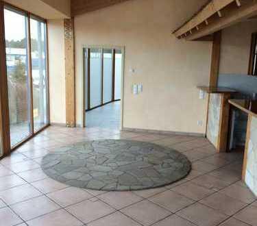 Luxuriöse 1 Zimmer-Studiowohnung m.Einbauküche,Tageslichtbad (Whirlpool etc.)u.vielen Extras!