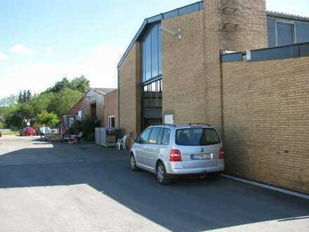 Melle, Lager-/Produktionsgebäude mit Freifläche