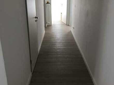 Schöne, geräumige und helle 2-Zimmer Wohnung in Kaufbeuren (Kernstadt) mit großen Balkonen