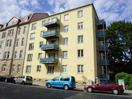 www.r-o.de +++ Willkommen in Dresden-Striesen - Top Familienwohnung mit zwei Balkonen
