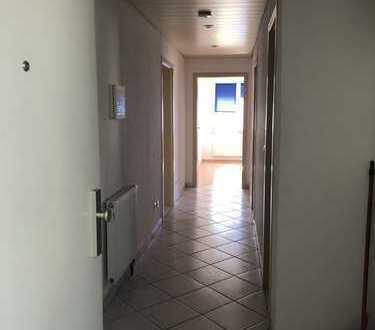 Schöne drei Zimmer EG-Wohnung in Rottweil mit 2 Balkonen