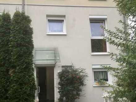 Schönes, geräumiges Haus mit fünf Zimmern in Baden-Baden, Nähe Festspielhaus