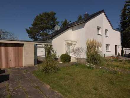 Modernisierte Doppelhaushälfte in Auerberg mit sehr großen Grundstück, Bonn von privat