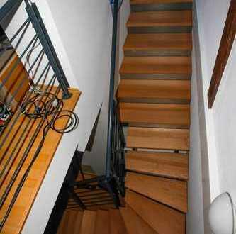 Neu sanierte Wohnung - Bezugsfertig - Maisonettenwohnung