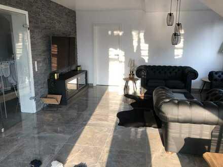 Frisch sanierte ansprechende 3,5-Zimmer-Maisonette-Wohnung mit Balkon in Bergkamen