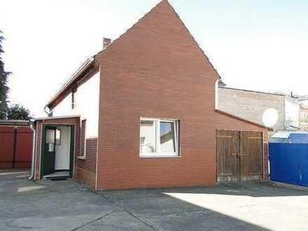 Kleines Wohn-/Bürohaus für kleines Geld in ruhiger Stadtrandlage
