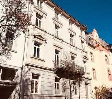 Altbauwohnung in begehrter Lage am Herrengarten