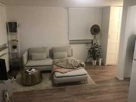 600 €, 35 m², 1 Zimmer