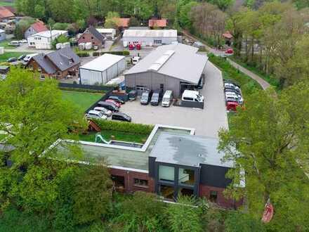 Exklusive Gewerbehalle mit Büro und einzigartigem Wohnhaus in Rastede