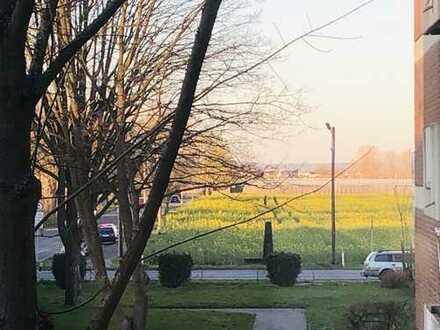 Lichtdurchflutete, großzügig geschnittene Wohnung in Buschdorf