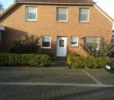 Schönes, geräumiges Haus mit vier Zimmern in Ammerland (Kreis), Bad Zwischenahn