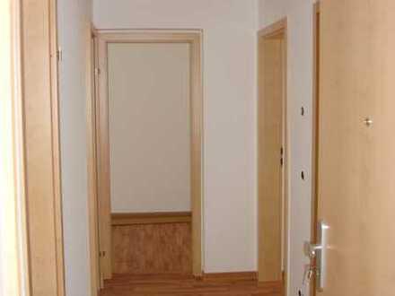 Preiswerte, vollständig renovierte 3-Zimmer-Wohnung in Elterlein,