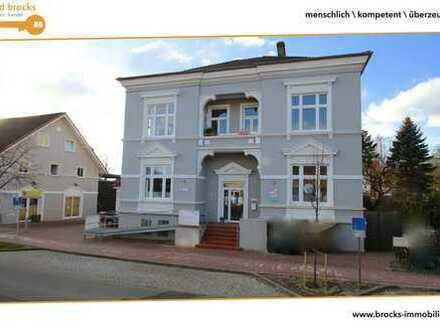 150qm 5-Zi.-Whg. für 1.299,- €! Zentral! Ideal für Familie / WG! Modernisiert, EBK, gr. Dachboden!