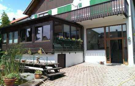 Schöne, geräumige drei Zimmer Wohnung in Böblingen (Kreis), Leonberg