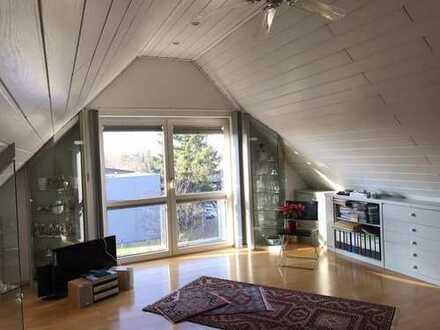 4 Zimmer Dachgeschossmaisonette Wohnung mit Blick auf den Melibokus und den Odenwald