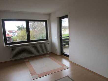 Gepflegte helle 4-Raum-Wohnung mit 2 Balkone