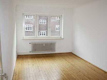 3-Zi-Komfort-Whg., 75 m² mit Garten nahe Fuhlsbüttlerstr.