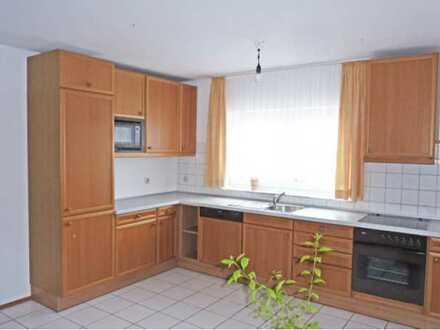 Gepflegte DG-Wohnung mit vier Zimmern sowie Balkon und EBK in Malsch