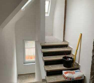 Exklusive Dachgeschoss-Wohnung in Lindenthal