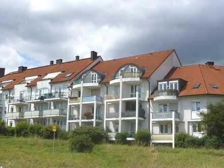 Großzügige 2-Zimmer-Wohnung mit Wintergarten in ruhiger Lage von Bayreuth