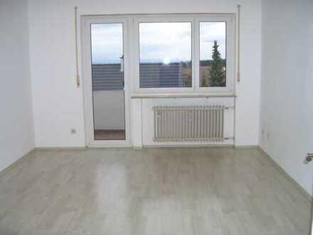 Helle 1,5 Zimmer-Single-Wohnung mit Südbalkon ab 1. November 2019 an Einzelperson zu vermieten