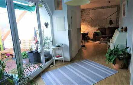 Preiswerte, vollständig renovierte 2-Zimmer-DG-Wohnung mit Balkon in Wittenberge