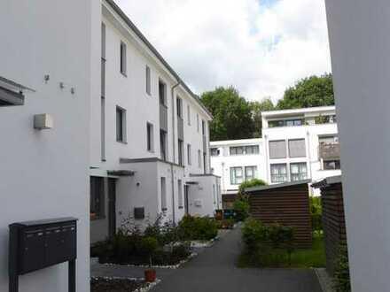 Schönes, geräumiges Haus mit fünf Zimmern in Bremen, Gartenstadt Vahr