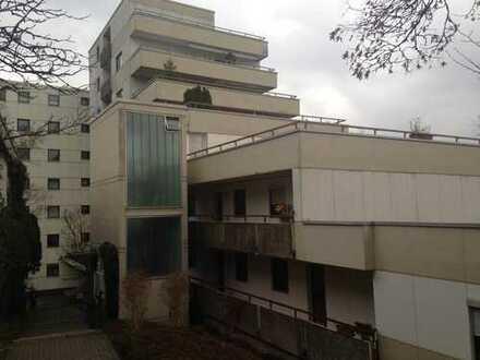 3 1/2-Zimmer-Eigentumswohnung mit großer Dachterrasse