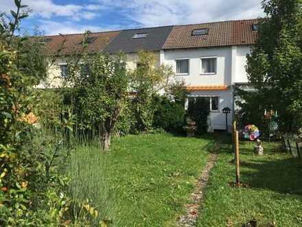 *** Ruhig gelegenes RMH in Orschel-Hagen mit großem Garten ***
