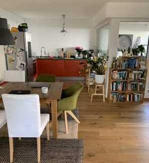Stilvolle, neuwertige 3-Zimmer-Wohnung mit Loggia in Pfaffenhofen an der Ilm