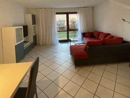 Gepflegte 2-Zimmer-EG-Wohnung mit Terrasse und EBK in Berg am Laim, München