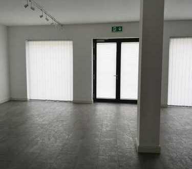 Neuwertige Ladenfläche vom Eigentümer in zentraler Lage von Mannheim-Käfertal