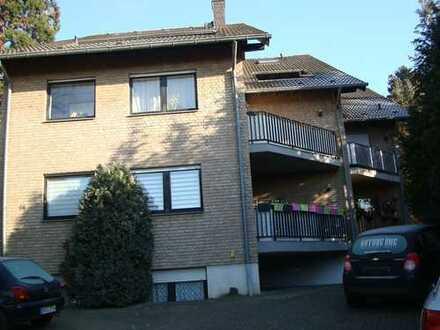 Attraktive 2-Zimmer-EG-Wohnung mit Balkon und Einbauküche in Bergheim