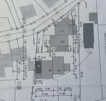 Ein Traum von Grundstück für bis zu 4 DHH oder 2 Einfamilienhäuser
