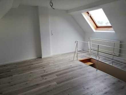 Erstbezug nach Sanierung mit Balkon: schöne 3-Zimmer-Maisonette-Wohnung in Bonn