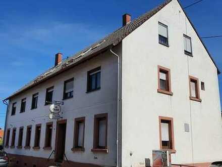 Gaststätte mit Fremdenzimmer in Lemberg