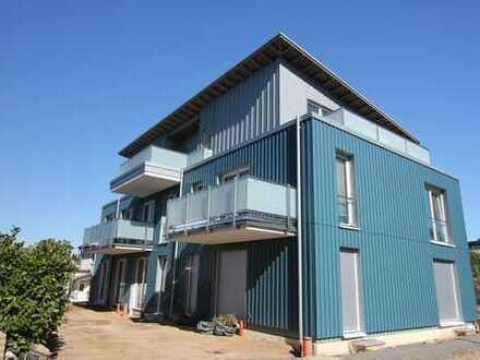 Erstbezug-Neubau Wohnung mit großem Balkon in ruhiger Lage in SG- Merscheid