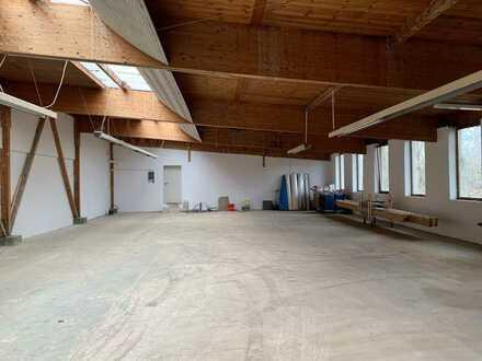 Große Hallenfläche in Goldbach für Handwerker oder als Lagerfläche nutzbar