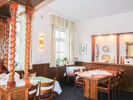 Sichere Existenz: Gastronomiebetrieb mit großzügiger Wohnung