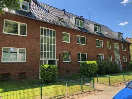 Stadtparknähe, 3-Zimmer-Wohnung mit EBK, neuem Vollbad und Parkett