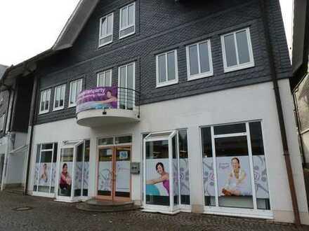 Geschäftshaus in Neuhaus am Rennweg (Thüringen)
